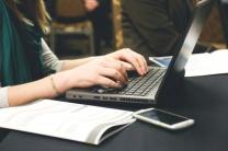 feature-essaywriting